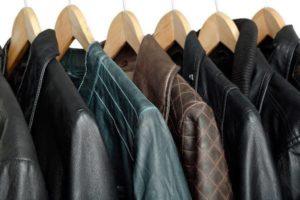 3 эффективных способа отпарить куртку без отпаривателя