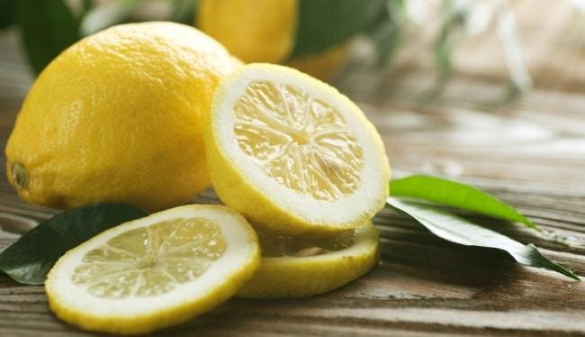 Лимон уберет неприятный запах