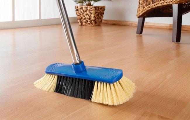 Сухая уборка проводится в разы чаще влажной