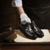 Как правильно ухаживать, очищать и хранить кожаную обувь