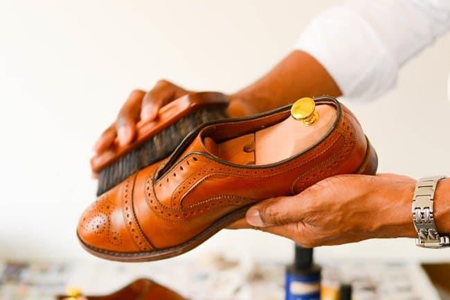 Правильный уход за обувью из искусственной кожи