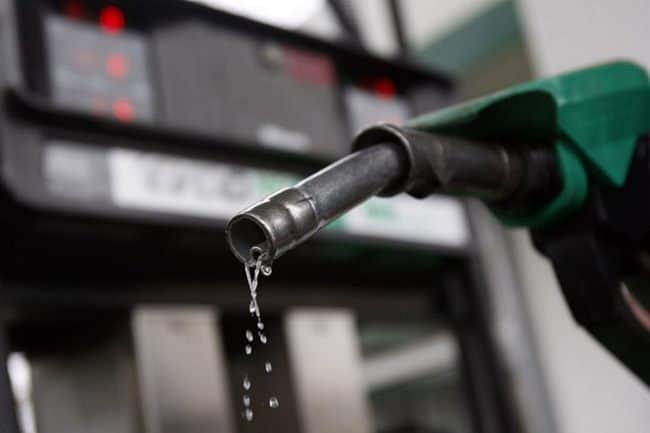 Бензин выведет любое пятно
