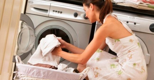 Как стирать белое в стиральной машине. Сортировка, выбор средства и режима