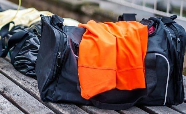 Машинная стирка спортивных сумок