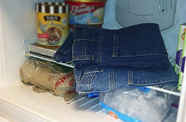 Способы выведения супер клея с одежды в домашних условиях