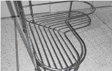 Дешевый способ избавиться от ржавчины на металлических изделиях в ванной