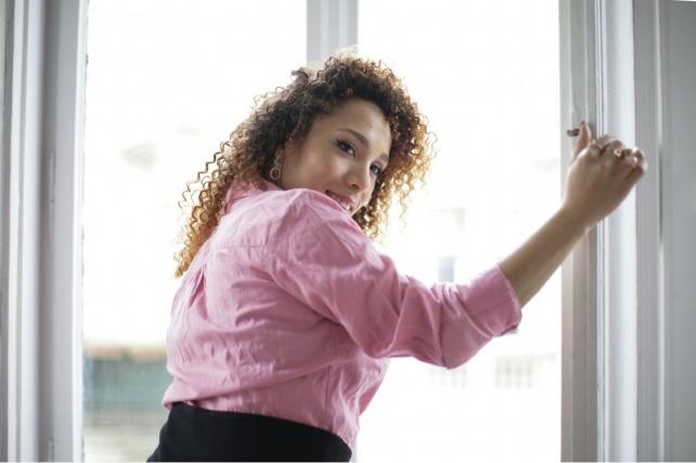 Как часто нужно проветривать квартиру и почему это важно