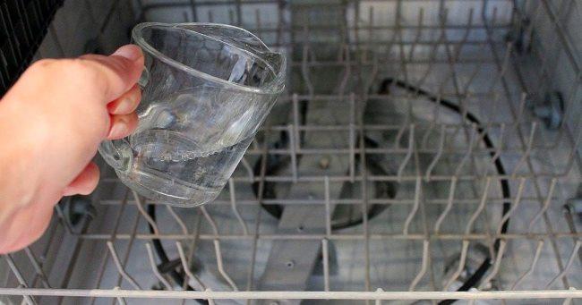 5 способов отмыть посудомоечную машину