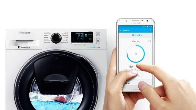 Как работает стиральная машина с функцией добавления вещей
